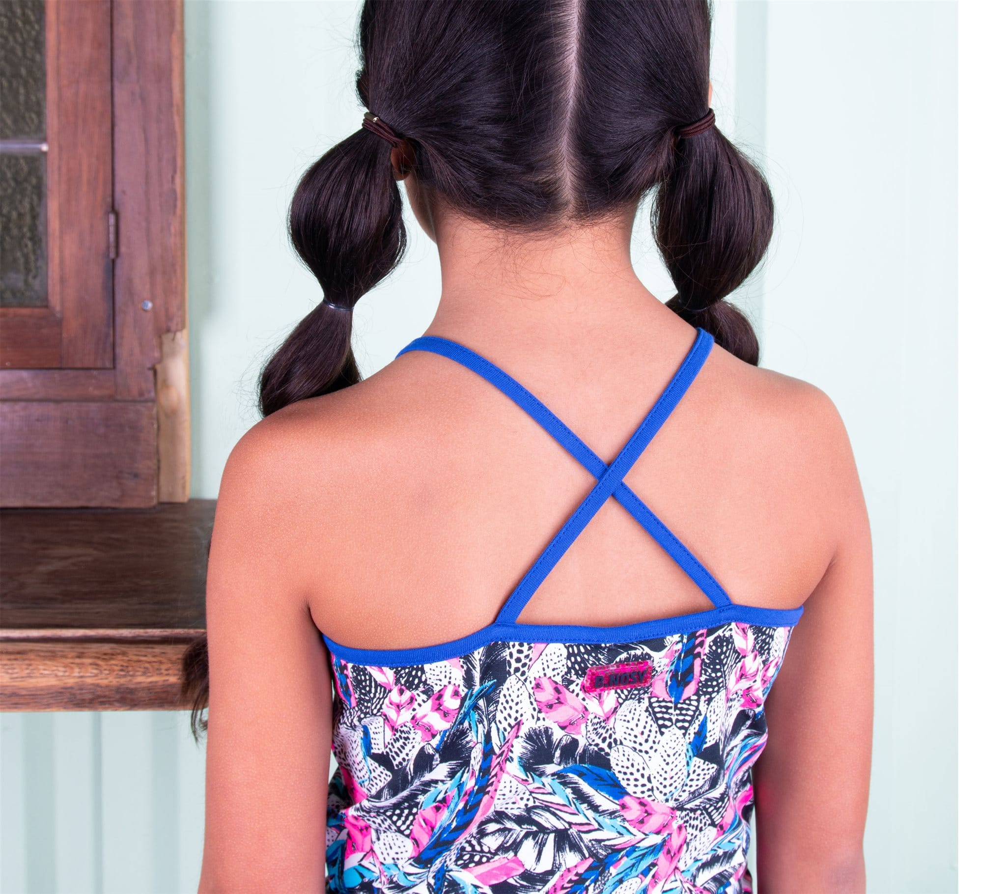 B Nosy Tanktop With Knot